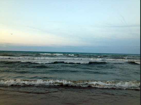 lake michigan milwuake waves